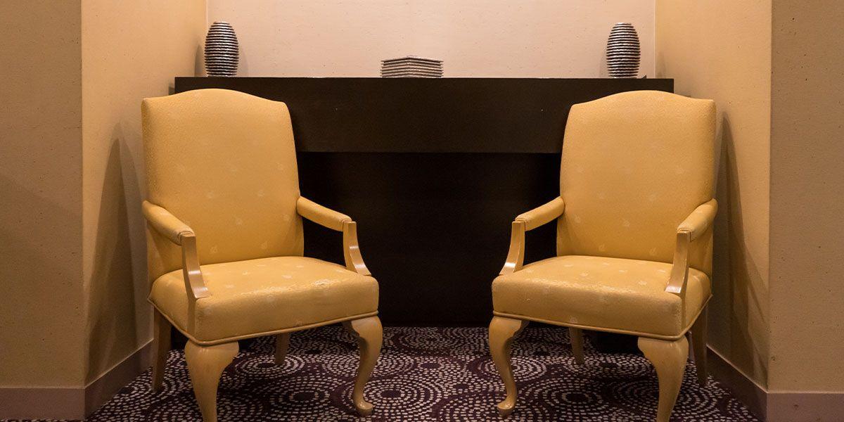 なぜ、徹子の部屋ではトークが盛り上がるのか ~部下が話しやすい環境を作る~